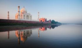 Индия изменила правила въезда в страну